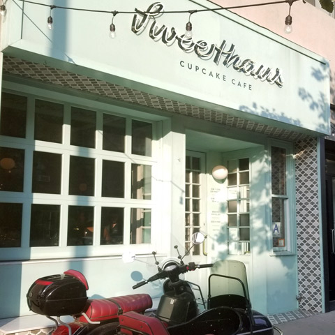 Sweethaus Cupcake Cafe